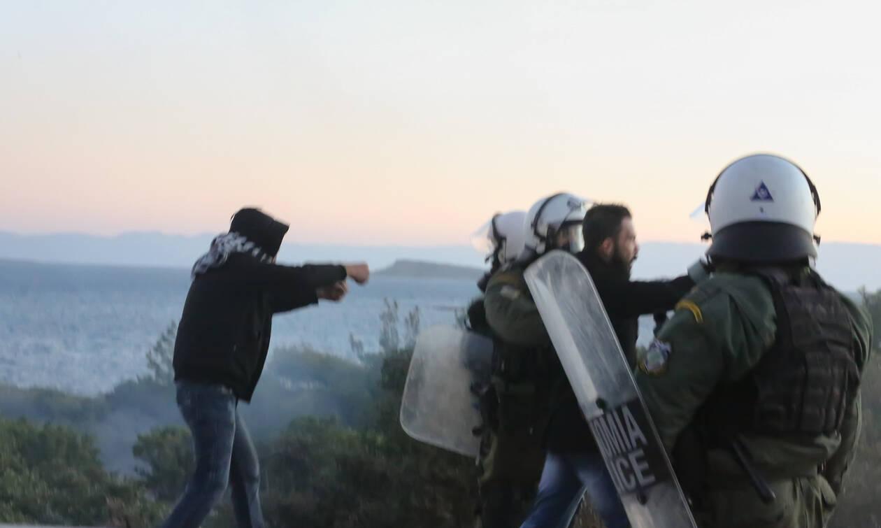 «Πεδία μάχης» Μυτιλήνη και Χίος για τα κλειστά κέντρα - Μπλόκα και «κλεφτοπόλεμος»