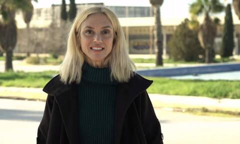 Αυτή είναι η ηθοποιός που «έπαιξε» στα επτά βίντεο του ΣΥΡΙΖΑ