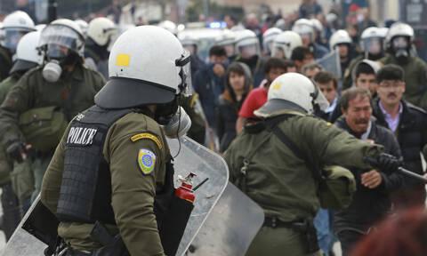 Μεταναστευτικό: Πολιτική «θύελλα» για τα επεισόδια σε Μυτιλήνη και Χίο – Αποφασισμένοι οι νησιώτες