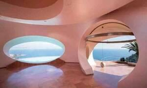 Αυτό είναι το ακριβότερο σπίτι στην Ευρώπη – Η έπαυλή του Pierre Cardin και πωλείται 300 εκατ. ευρώ