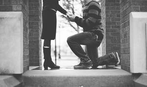 Γκαντεμιά χωρίς όρια: Έκανε πρόταση γάμου στην κοπέλα του – Η συνέχεια είναι απίστευτη (pics)