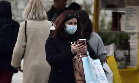 Κοροναϊός στην Ελλάδα: Τι συμβαίνει με μάσκες και αντισηπτικά;