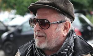 Πέθανε ο Κώστας Βουτσάς: Ποιο ήταν το πραγματικό του όνομα
