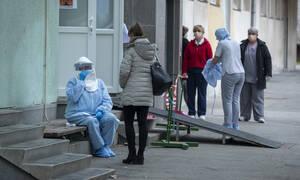 Κοροναϊός: Άλλος ένας νεκρός στη Γαλλία - Σε συναγερμό η Ευρώπη για τα κρούσματα στην Ιταλία