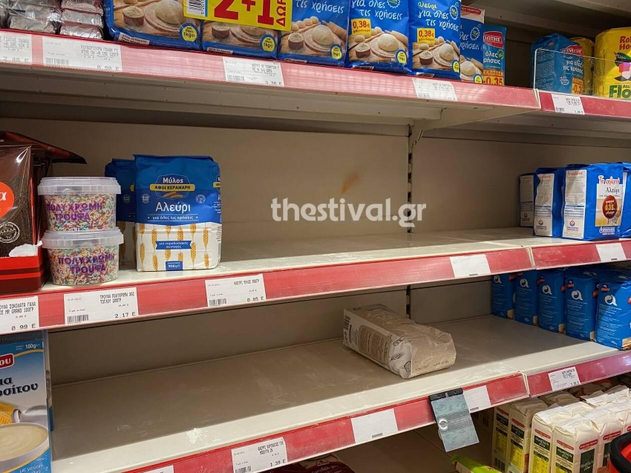 koronaios_thessaloniki_supermarket2_thestival.jpg