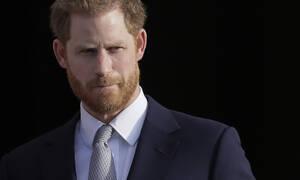 Πρίγκιπας Harry: Η μεγάλη επιστροφή στη Μ. Βρετανία και η ατάκα που προκάλεσε χαμό (photos)