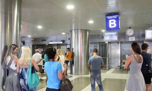 Κοροναϊός στην Ελλάδα - «Βόμβα» από συνταξιδιώτη της 38χρονης: Τι συνέβη στο αεροδρόμιο Θεσ/νίκης