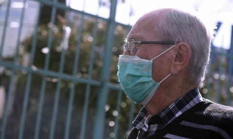 Κοροναϊός στην Ελλάδα: Νέες οδηγίες για τη χρήση μάσκας - Ποιοι  πρέπει να τις φορούν