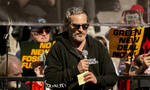 Ο Χοακίν Φίνιξ γι' ακόμα μια φορά αποδεικνύει το ακτιβιστικό του έργο