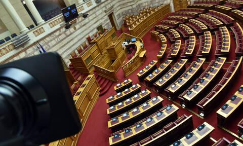 Κοροναϊός: Έκτακτα μέτρα και στη Βουλή για την αντιμετώπιση του ιού