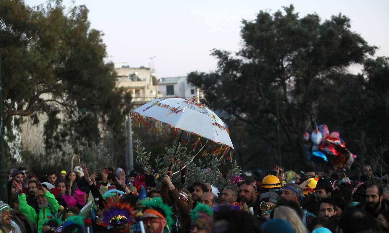 Δήμαρχος Ρεθύμνου στο Newsbomb.gr: Φοβούνται τις υπαίθριες εκδηλώσεις αλλά εμπιστεύονται τα ΜΜΜ