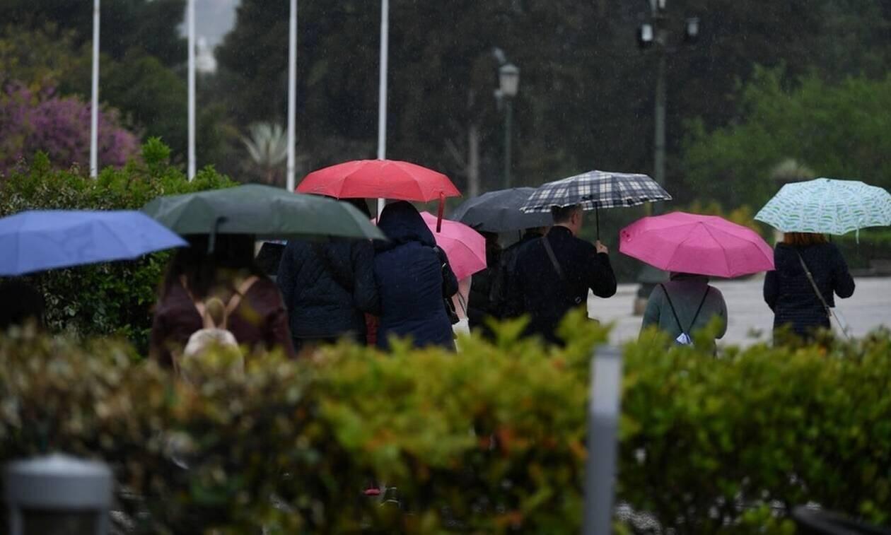 Άστατος ο καιρός με βροχές και καταιγίδες την Παρασκευή - Πού θα βρέξει