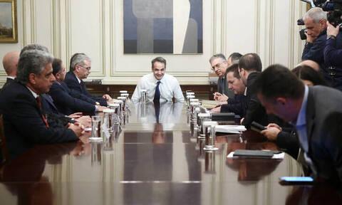 Συνάντηση Μητσοτάκη με δημάρχους: Σε Σάμο, Χίο και Μυτιλήνη ο πρωθυπουργός