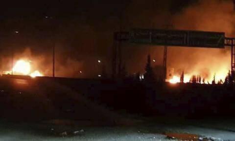Συρία: Η Τουρκία βομβαρδίζει θέσεις του συριακού στρατού στην Ιντλίμπ