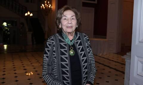 Πέθανε η σπουδαία συγγραφέας Άλκη Ζέη (pics)