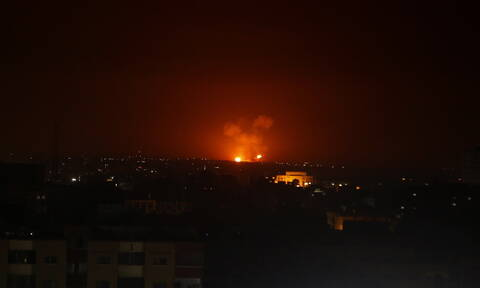 Συρία: 33 Τούρκοι στρατιώτες σκοτώθηκαν στην Ιντλίμπ - Τα «μαζεύει» ο Τσελίκ για το μεταναστευτικό