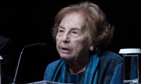 Άλκη Ζέη: Ποια ήταν η σπουδαία συγγραφέας (pics)