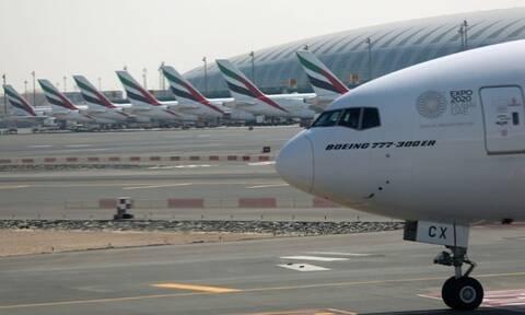 Θρίλερ στον αέρα με Boeing 777: Ράγισε το τζάμι του πιλοτηρίου