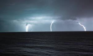 Καιρός - Έκτακτο δελτίο ΕΜΥ: Καταιγίδες και χιόνια σε λίγες ώρες - Ποιες περιοχές θα πληγούν