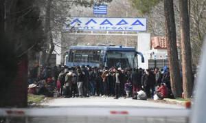Μεταναστευτικό: Δείτε LIVE εικόνα από τα ελληνοτουρκικά σύνορα στις Καστανιές