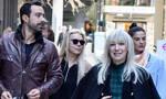Σάκης Τανιμανίδης: Έβγαλε για καφέ σύζυγο- μάνα και αδελφή - Τι συνέβη στη Χριστίνα Μπόμπα (photos)