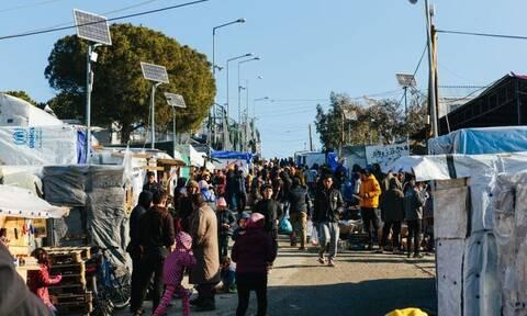 Μυτιλήνη:Αναβρασμός στη Μόρια από τις φήμες ότι άνοιξαν τα σύνορα-Πήγαν στο λιμάνι να πάρουν καράβι