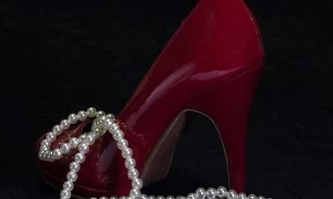 Σάλος: Έλληνας επιχειρηματίας συζεί με την ερωμένη του σε «παλάτι» 7.500.000 ευρώ στην Κηφισιά