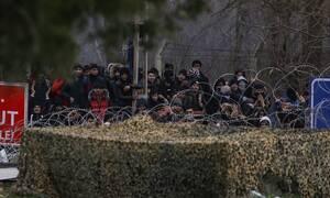 ΔΟΜ: Τουλάχιστον 13.000 πρόσφυγες και μετανάστες στα σύνορα Ελλάδας - Τουρκίας