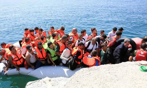 Πανικός στην Μυτιλήνη: 10 βάρκες - 400 άτομα, μπαίνουν από παντού