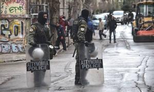Επιχείρηση της Αστυνομίας σε κτήριο στο κέντρο της Αθήνας