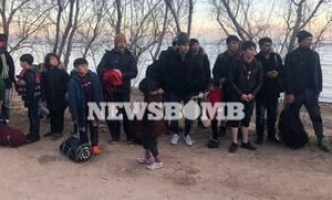 Το Newsbomb.gr στη Μυτιλήνη: Σχεδόν 1.000 άτομα πέρασαν στην Ελλάδα μέσα σε 24 ώρες