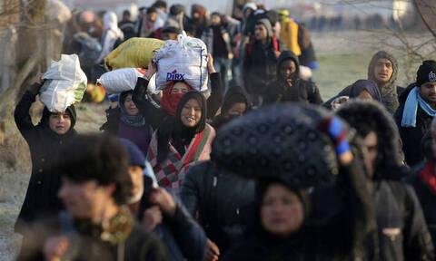 Глава Евросовета 3 марта посетит границу Греции и Турции, куда Анкара подвозит беженцев