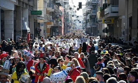 Κοροναϊός: Υπουργείο Υγείας εναντίον καρναβαλιστών και όσων αψηφούν τα προληπτικά μέτρα προστασίας