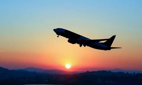 Πανικός σε πτήση πριν την απογείωση - Η εισβολή που προκάλεσε τρόμο (vid)