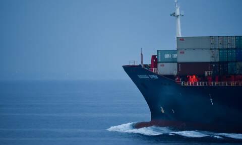 Κως: Αποκολλήθηκε με συνδρομή ρυμουλκού το φορτηγό πλοίο Von Perle