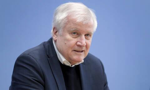 Γερμανός ΥΠΕΣ: Θα στηρίξουμε την Ελλάδα, κάνει σημαντική δουλειά