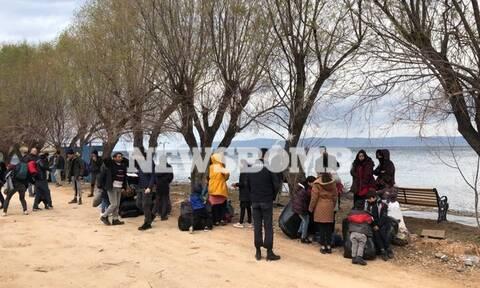 Πώς περιγράφει ο Μουτζούρης στο Newsbomb.gr την κατάσταση με τους μετανάστες στη Μυτιλήνη