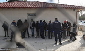 Η «επόμενη ημέρα»: Τι θα γίνει με τους συλληφθέντες από Έβρο και νησιά