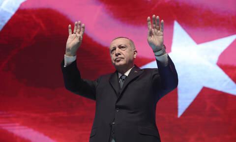 Νέες απειλές και ψέματα από τον Ερντογάν: «Ίσως έρθει η μέρα που οι Έλληνες θα αναζητούν έλεος»