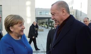 Αυτή είναι η «φίλη» μας Γερμανία:Στέλνει 32 εκατ.ευρώ στην Τουρκία και...20 αστυνομικούς στην Ελλάδα