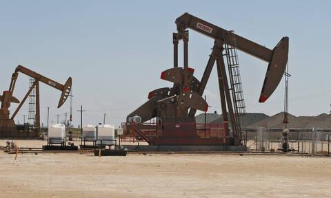 «Σούπερ… Τετάρτη» στη Wall Street που άφησε πίσω το κοροναϊό - Στα τάρτατα η τιμή του πετρελαίου
