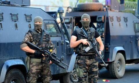 Αυτοί είναι οι κομάντος που στέλνει ο Ερντογάν στον Έβρο