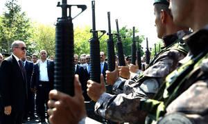 Анкара направит 1000 спецназовцев на греко-турецкую границу для помощи мигрантам попасть в Европу