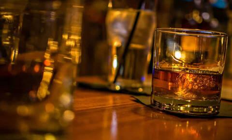 Τρομερό: Δες σε τι σε βοηθάει το αλκοόλ!