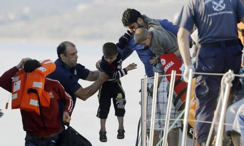 Στο «κόκκινο» και το Αιγαίο: Δεκάδες μετανάστες στο ακριτικό Καστελόριζο