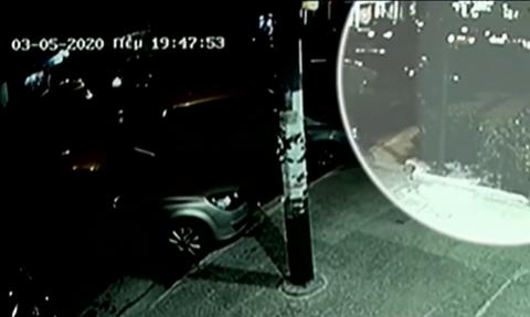 Βίντεο: Η τρομακτική στιγμή που τζιπ παρασύρει 7χρονη στου Γκύζη