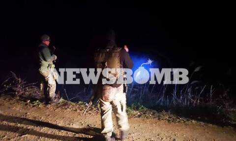 Έβρος: Μετανάστες κόβουν συρματοπλέγματα και προσπαθούν με σχοινιά να ρίξουν τον φράχτη