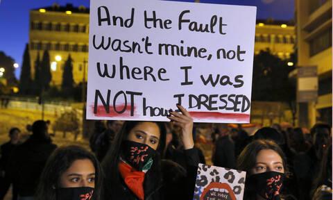 Ημέρα της Γυναίκας: Σχεδόν οι μισές Ευρωπαίες έχουν δεχθεί σεξουαλική παρενόχληση στην εργασία