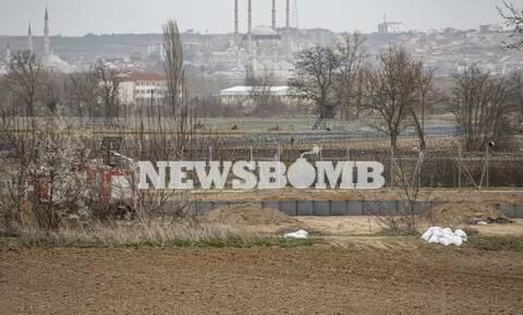 Το Newsbomb.gr στον Έβρο: Ενισχύεται ο φράχτης – Θωρακίζεται η γραμμή άμυνας από τις επιθέσεις