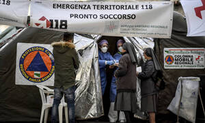 Ιταλία-Κοροναϊός: Τέλος κηδείες, γάμοι και λειτουργίες σε όλες τις εκκλησίες μέχρι 3 Απριλίου